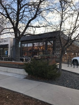2019Mar19AvianoCoffeeOutside1SMALL